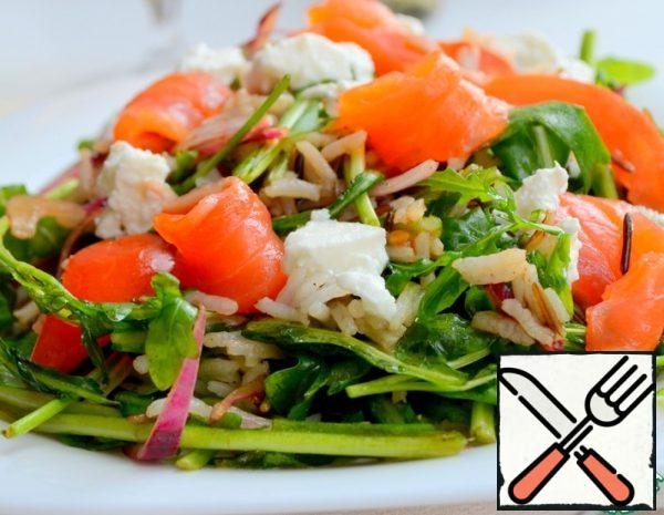 Arugula Salad with Fish and Tomatoes Recipe