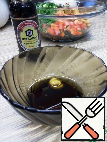 For dressing, mix soy sauce with butter (I took homemade aromatic, you can take your favorite) and mustard.  The dressing turns out a little, but the salad is not dry either.  Salt as desired, I didn't salt, soy sauce was enough.
