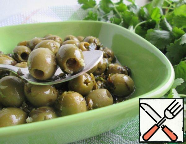 Warm pickled Olives with Chili Pepper Recipe