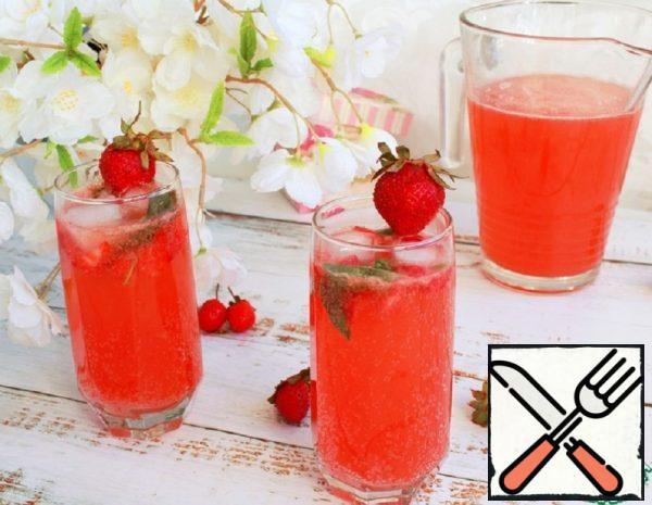 Lemon and Strawberry Lemonade Recipe