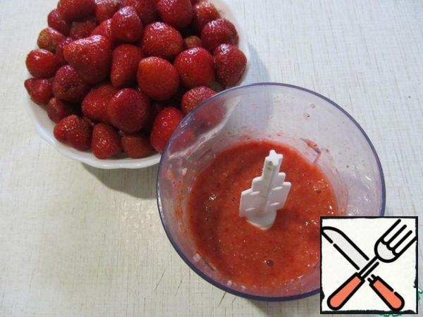 Strawberries are also crushed into puree.