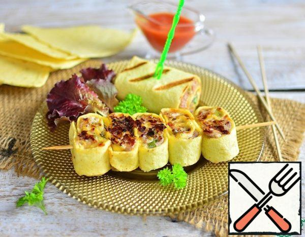 Grilled Turkey and Banana Rolls Recipe