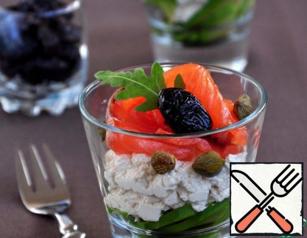 Salmon and Avocado Cocktail Salad Recipe