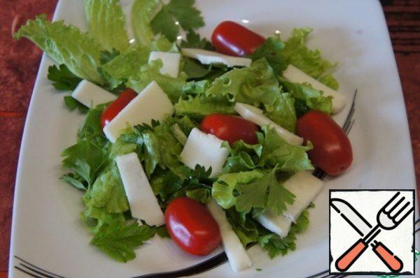 Add 5-6 cherry tomatoes.