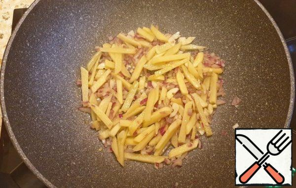 Fry the onion, garlic and ginger for 3 minutes.