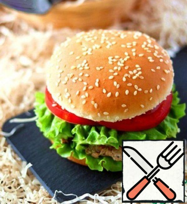 Turkey Burger with Avocado Cream Recipe