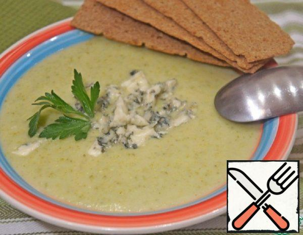 Broccoli Soup with Blue Cheese Recipe