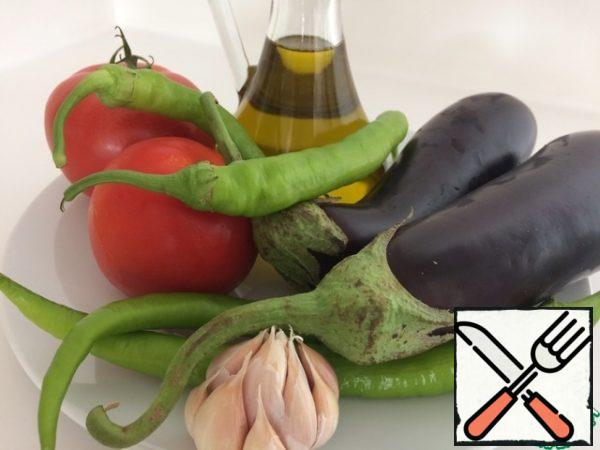 For cooking, we use the same size eggplant and Your favorite pepper. I have hot pepper. Oil for frying can be used any, but without smell.
