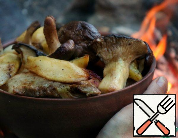 Potatoes with Meat and Mushrooms Recipe