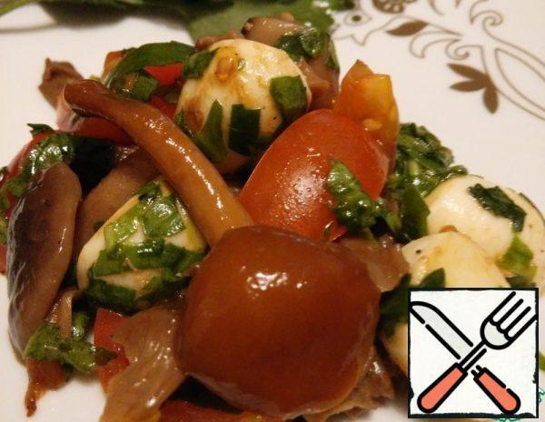 Warm Salad with Mushrooms and Mozzarella Recipe