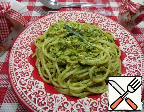 Spaghetti with Carrot and Nut Sauce Recipe