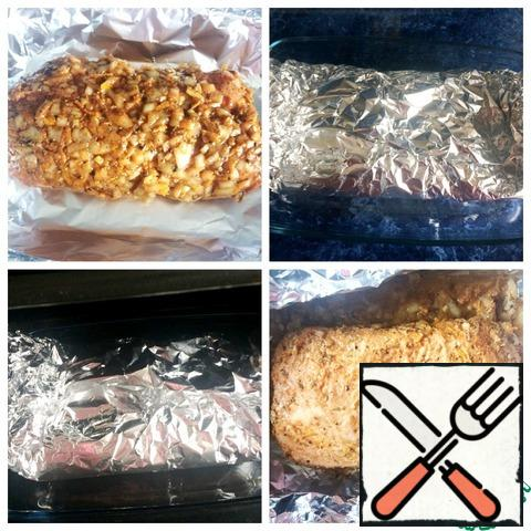 After 12 hours, we open the meat. Preheat the oven to 180 degrees. Meat in foil, closed, send to the oven and bake for 15-20 minutes. Then, we open the foil and bake the meat, pouring the released juice, for another 30 minutes. You need to focus on your oven, so as not to over-dry the meat.