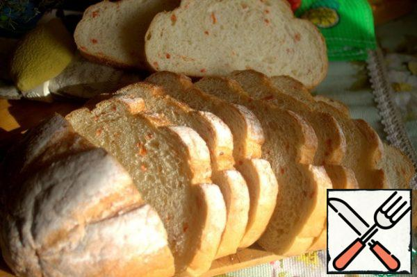 We serve it with this bread, they sell it in Latvia with carrots.