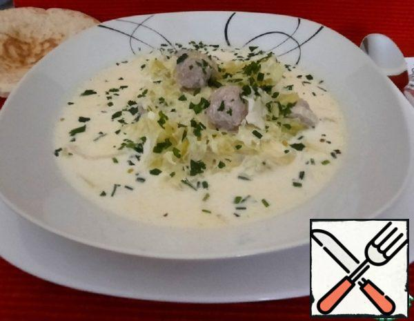Cabbage Cream Soup with Meatballs Recipe