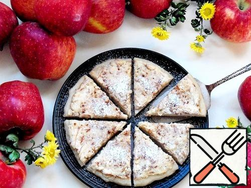 Sprinkle the finished tortillas with powdered sugar and cinnamon, or pour honey or topping. The filling is soft, creamy, the aroma of apples and cinnamon invigorates and pleases.