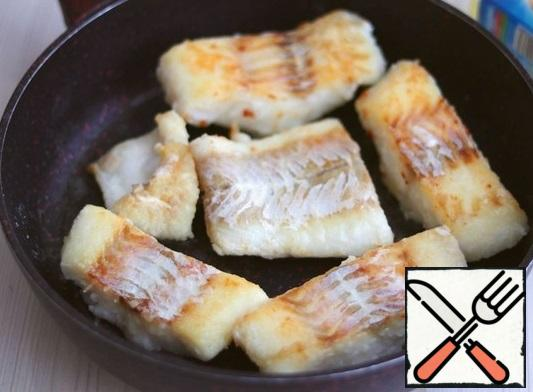 Fry the fish on both sides until Golden brown and ready.