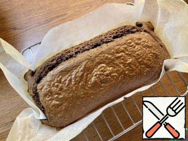Remove from the oven and place on a wire rack to cool. Cover with a towel to avoid drying out.