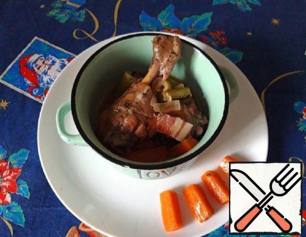 Provencal-Style Chicken in Wine Recipe