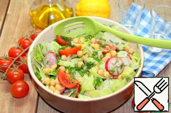 Simple but delicious salad.