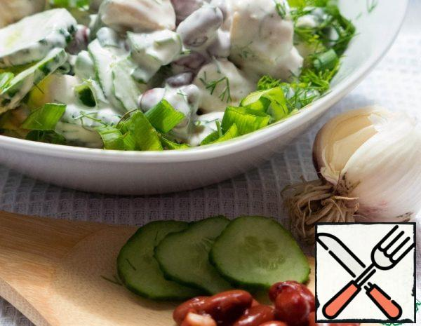 Salad with fresh Cucumbers and Beans Recipe