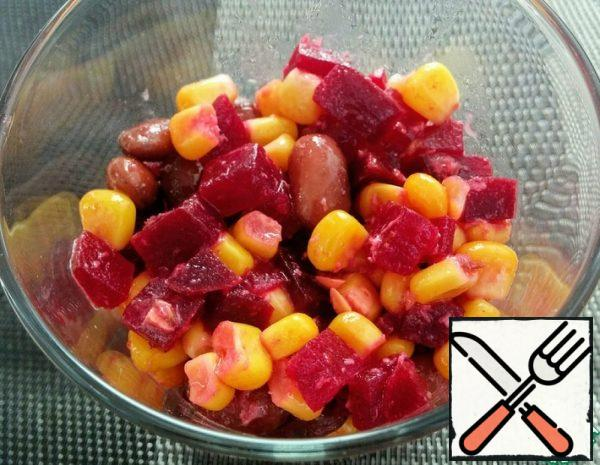 Beetroot Salad with Beans and corn Recipe