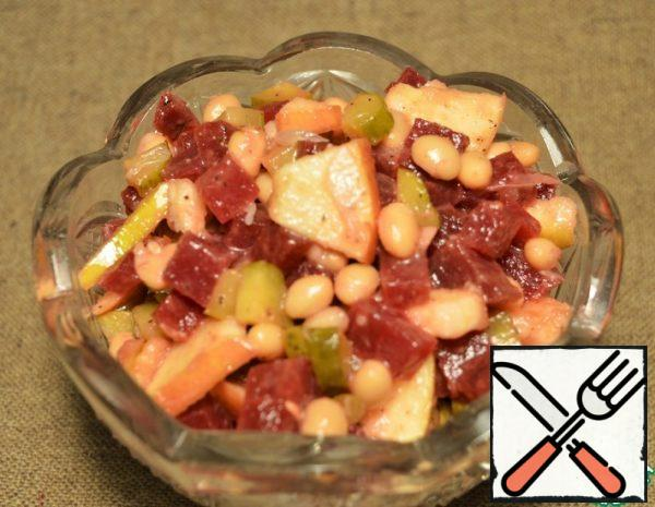 Vegetable Salad with Beans and Apple Recipe