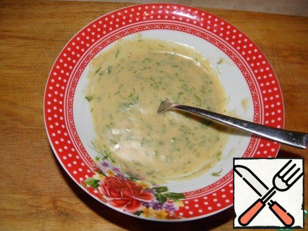 At the end, put the chopped dill, salt and pepper. The sauce should have the consistency of heavy cream, if it is too thin, add a little mayonnaise (you can also mix the sauce with a blender) This sauce can be stored in the refrigerator for about a week, the next day it will become even tastier.