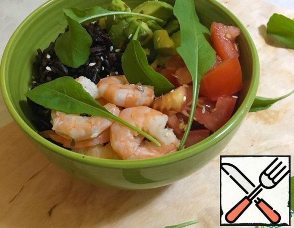 Bowl with Shrimp, Avocado and black Rice Recipe