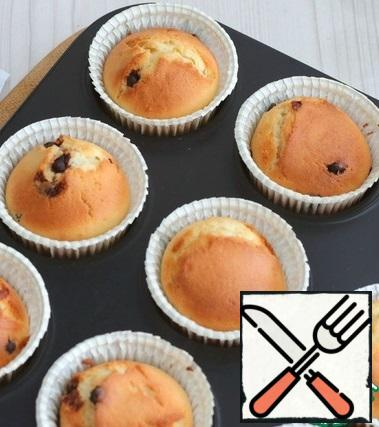 Bake cupcakes until Golden and ready, check readiness with a wooden splinter.
