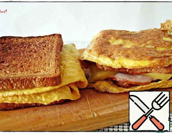 "Quick Breakfast ""Omelet Sandwich"" Recipe"