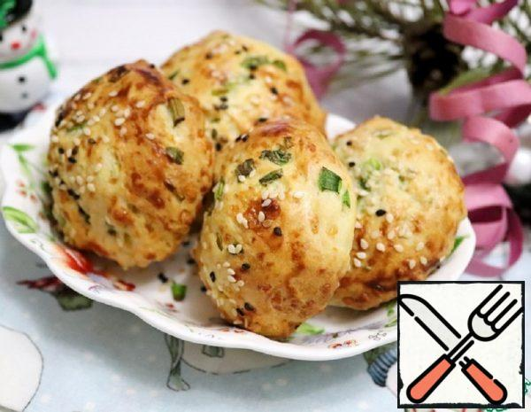 Cheese and Onion Rolls with Sesame Seeds Recipe