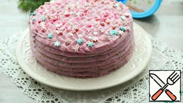Decorate the top to your taste. I'm still a decorator, so I limited myself to pastry sprinkles.Put the cake in the refrigerator for at least 2-3 hours to soak.