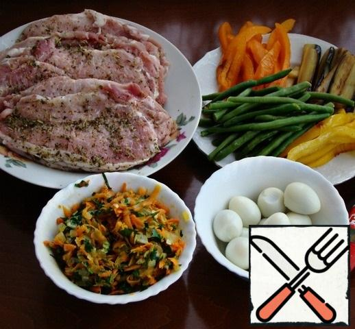 All the ingredients for meat rolls are ready.