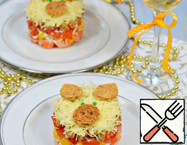 Salad with Prawns and Crackers Recipe