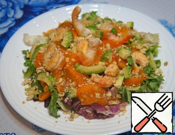 Salad with Shrimp, Persimmon and Avocado Recipe
