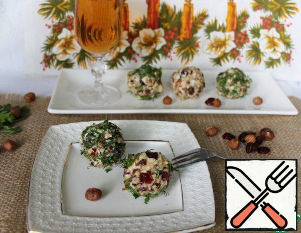 Cheese Balls with Nuts and Cranberries Recipe