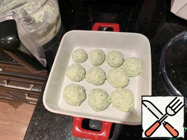 Form small balls, put them in a plate or mold, put in the freezer for 5-7 minutes.