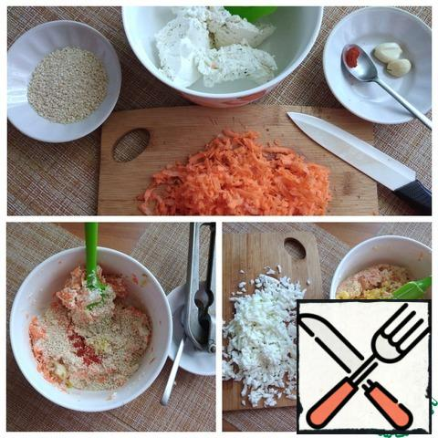 Eggs need to be hard-boiled. Put the curd cheese in a bowl. Grate the carrots and send them to the cheese. Add sesame seeds, pepper, and mix well. In eggs, separate the yolk from the white. Protein RUB on a grater, to mash yolks and combine with the ground. Send the protein, combine and taste with salt and pepper, if you think something is not enough, then add to taste.