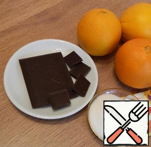 Preparing the cream. You can take ready-made orange juice, you need 400 ml, but it is better to take oranges and extract the juice yourself, then the cream will have a pronounced orange taste and aroma of fresh oranges.