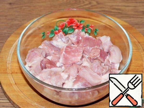 Grind pieces of meat in a meat grinder or blender.