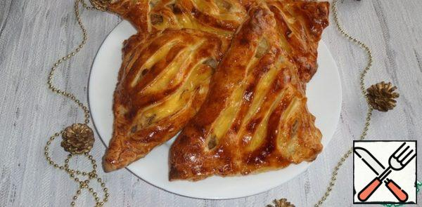 Pies with Onion, Chicken and Cheese Recipe