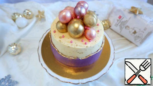 Decorate the cake as you wish! I decorated the cake with chocolate balls and pastry sprinkles. Enjoy your tea!