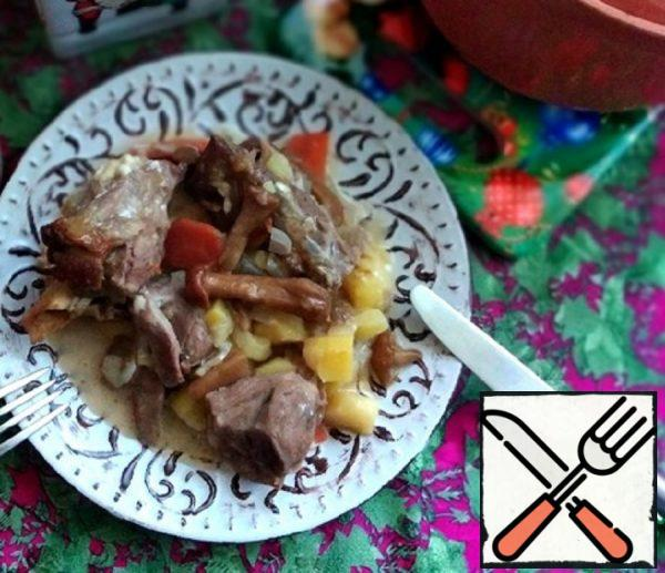 Roast Lamb with Honey Agarics Recipe
