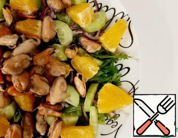 Salad with Mussels and Oranges Recipe