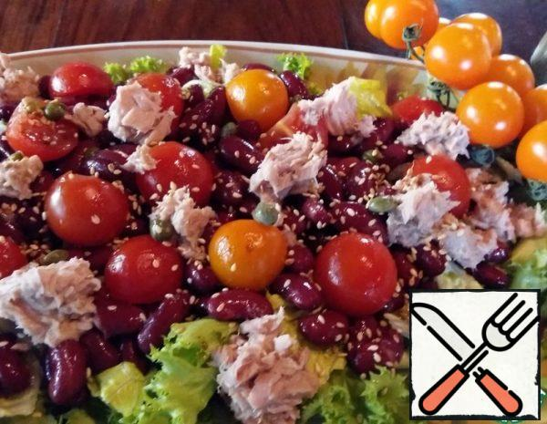 Green Salad with Beans and Tuna Recipe