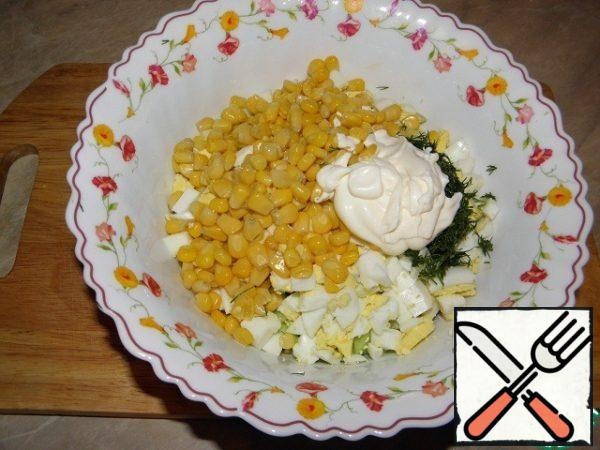 We make a dressing (sour cream+mayonnaise+mustard) or you can, as a second option, just fill it with mayonnaise - at your choice.