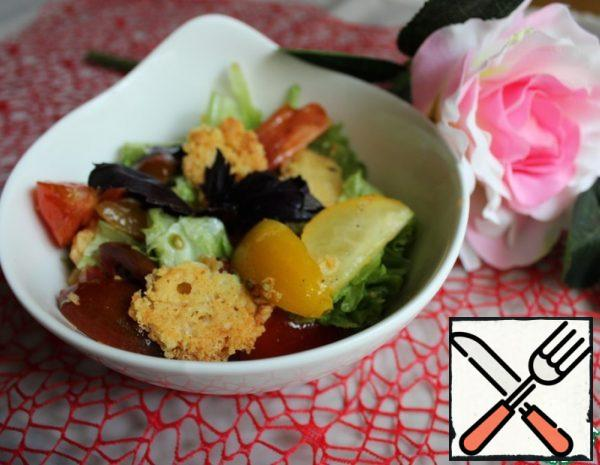 Salad with Cheese Chips Recipe