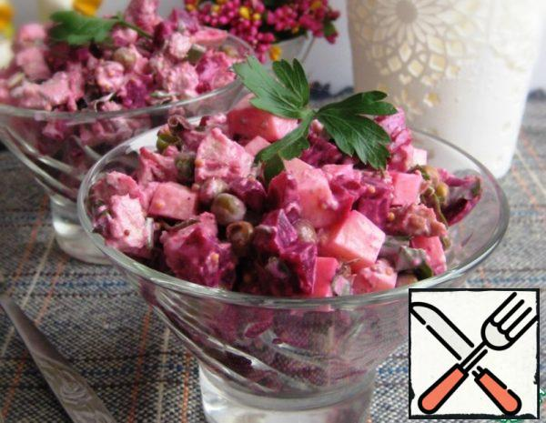 Salad with Beetroot, Meat and Cheese Recipe