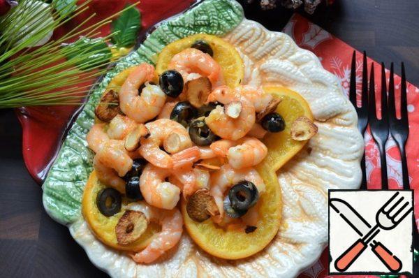 Place on a platter, add the garlic petals. Add salt to taste.