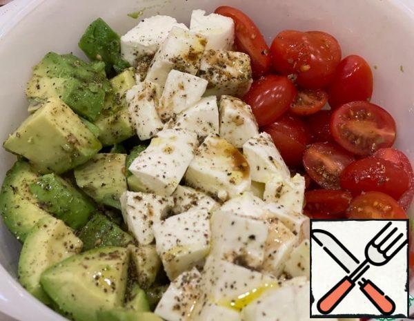 Salad with Avocado Recipe